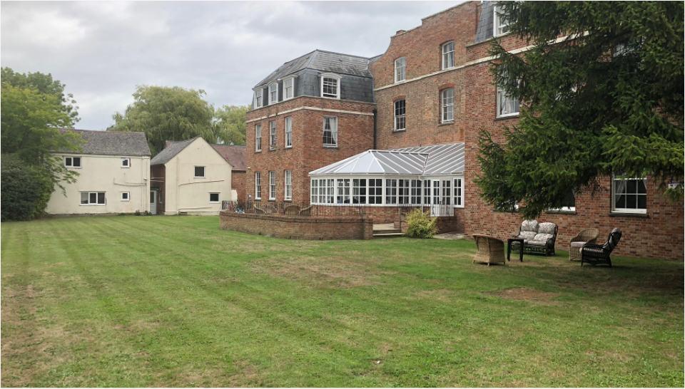 Abbeycare Hygrove Rear Garden