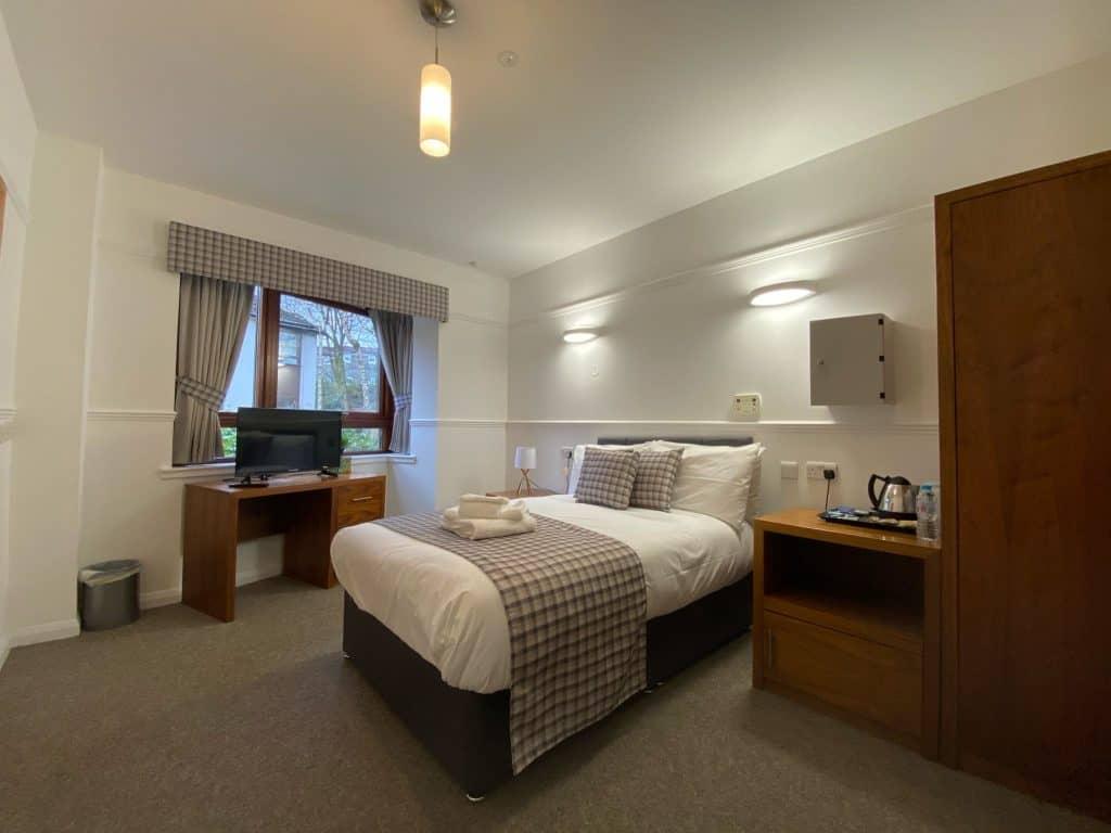 Bedroom-Abbeycare-Scotland-Erskine